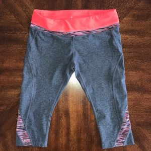 Mondetta gray pink cropped capri leggings L